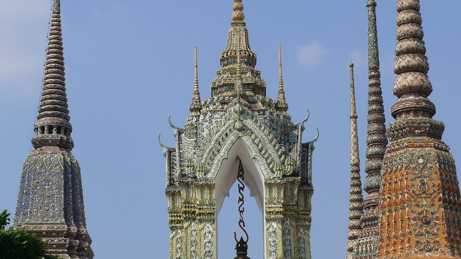 Bangkok - Wat Phra Chetuphon - The reclining Buddha